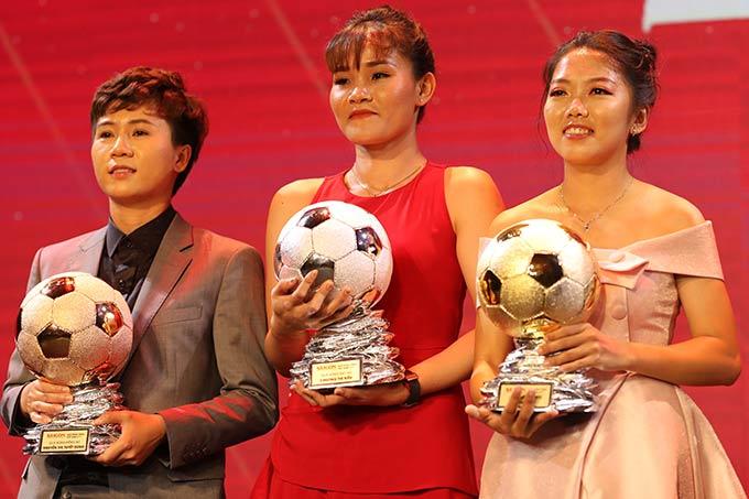 Bộ ba Tuyết Dung, Chương Thị Kiều và Huỳnh Như được xướng tên trong top 3 cầu thủ nữ Việt Nam xuất sắc nhất 2019