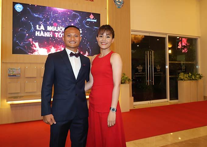 Bộ đôi Trọng Hoàng - Chương Thị Kiều cũng tạo ra sự chú ý của Gala trao giải