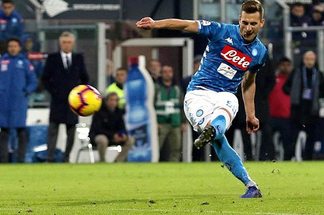 Juventus đang cố gắng mua Milik