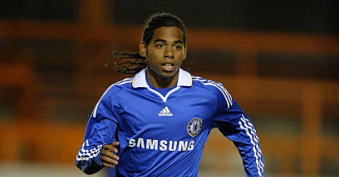 Paim từng có 4 tháng khoác áo Chelsea nhưng không để lại dấu ấn