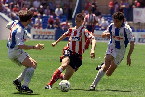 Torres (giữa) trong trận ra mắt gặp Leganes