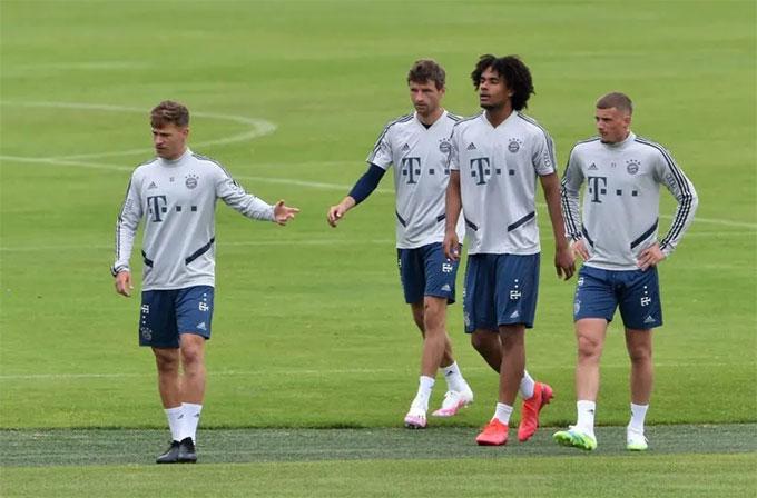 Rất dễ đoán đội hình của Bayern do HLV Flick chỉ ưu tiên sử dụng một nhóm cầu thủ