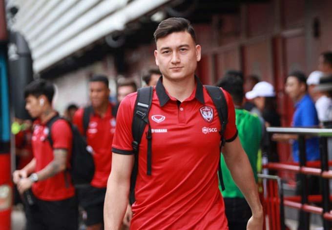 """Đặng Văn Lâm có thể bị Muangthong """"ém"""" đến bán kết AFF Cup 2020"""