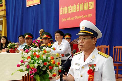Đại tá Vũ Đình Duẩn, Phó Tư lệnh Vùng 1 phát biểu tại buổi lễ