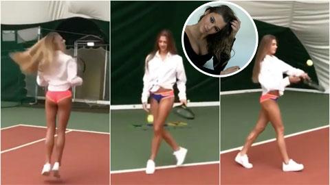 Mỹ nhân 21 tuổi mặc nội y chơi tennis