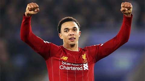 Alexander-Arnold nên đá tiền vệ ở Liverpool