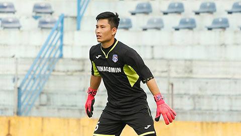 Khủng hoảng thủ môn, Than.QN phải dùng hậu vệ đóng thế