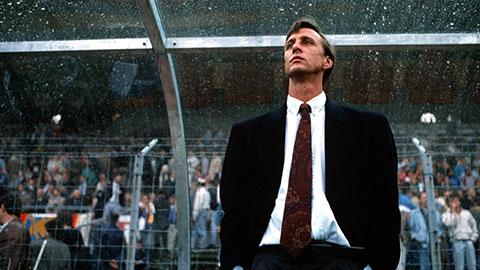 "Huyền thoại Johan Cruyff và ""Dream Team"" Barcelona thập kỷ 90"