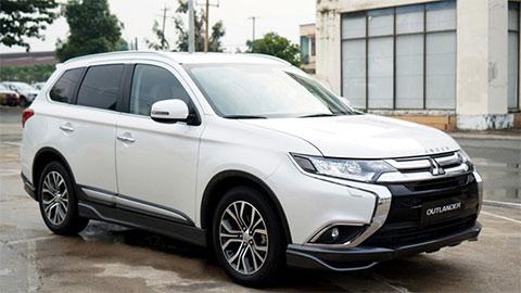 Mitsubishi Outlander 2.4 giảm giá cực mạnh, xuống mức thấp chưa từng có 'đấu' Hyundai Tucson, Honda CR-V