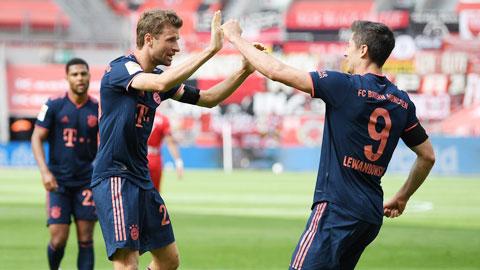 Mùa bóng đầy kỷ lục của Bayern Munich