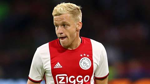 M.U & Real đừng mơ mua được Van de Beek với giá rẻ