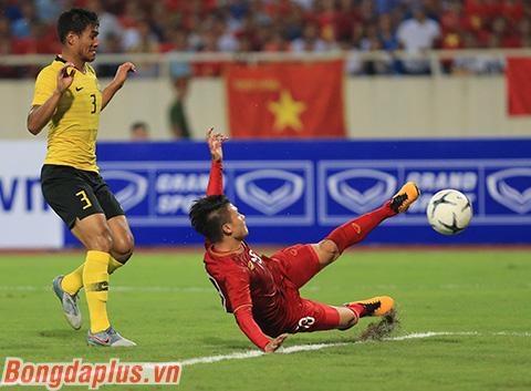 Quang Hải cùng các đồng đội sẽ có cơ hội lớn bảo vệ chức vô địch AFF Cup nếu giải đấu năm nay được tổ chức tại Việt Nam - Ảnh: Đức Cường