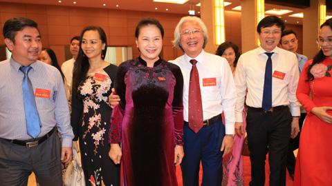 Chủ tịch Quốc hội Nguyễn Thị Kim Ngân gặp mặt những người làm báo tiêu biểu