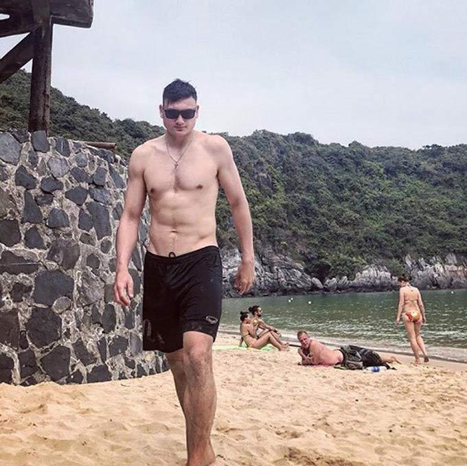 Quãng thời gian nghỉ dịch Covid-19 quá dài ở Thái Lan khiến cho Văn Lâm cùng các cầu thủ tại Thai League không thể duy trì sự săn chắc cơ thể như trước đó
