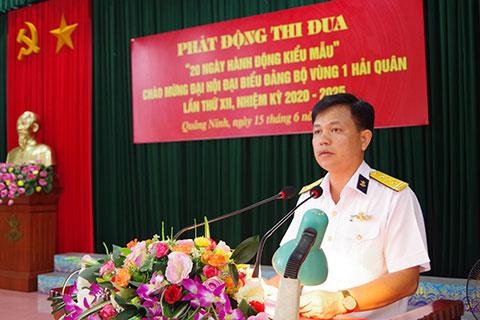 Thượng tá Phạm Kim Tuyến, Bí thứ Đảng ủy, Chính ủy Lữ đoàn quán triệt nội dung, chỉ tiêu thi đua