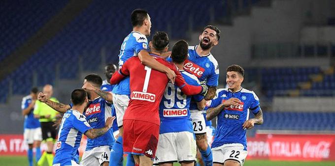 Napoli đăng quang Coppa Italia 2019/20 sau khi đánh bại Juventus ở loạt luân lưu