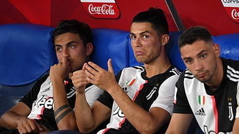 Học trò bất phục, Sarri sắp mất ghế ở Juventus