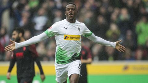 Vé Champions League cho Mgladbach, vé xuống hạng cho Bremen?