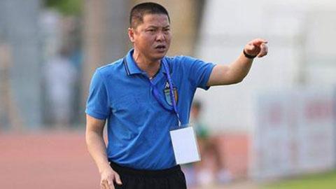 HLV Chu Đình Nghiêm lên tiếng bảo vệ Quang Hải