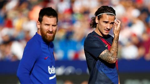 Messi và Griezmann suýt tẩn nhau trên sân tập của Barca