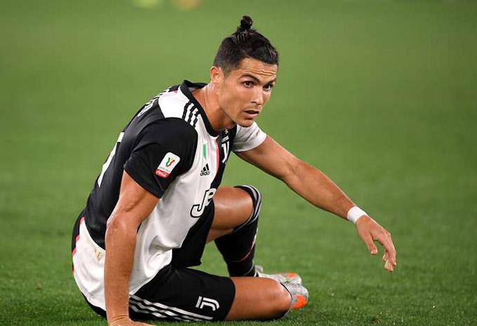 Thời gian chẳng đợi một ai, Ronaldo và Messi cũng không phải ngoại lệ