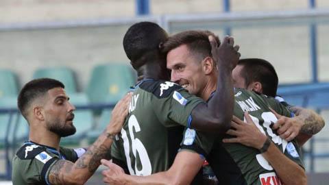 Vòng 27 Serie A: Napoli vẫn mơ về vị trí trong top 4