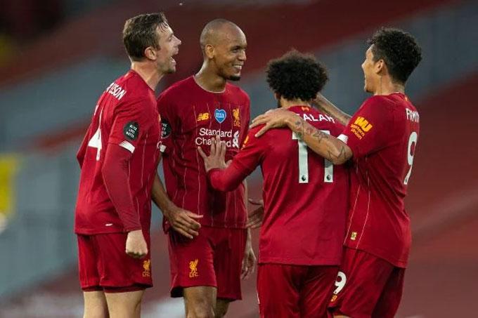 Liverpool phải chờ tới cuối tháng 6 mới vô địch