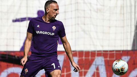 """Gánh nặng trên vai """"ông lão"""" Ribery"""