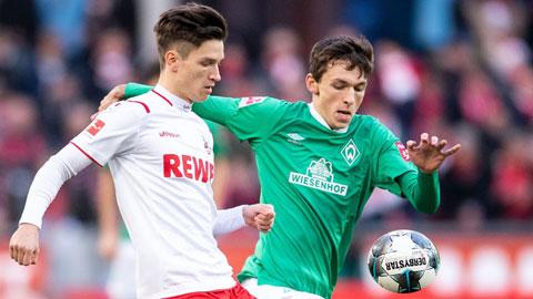 Rất cần 3 điểm, nhưng chủ nhà Bremen (phải) khó có thể thắng một Cologne đang quá thoải mái về tâm lý