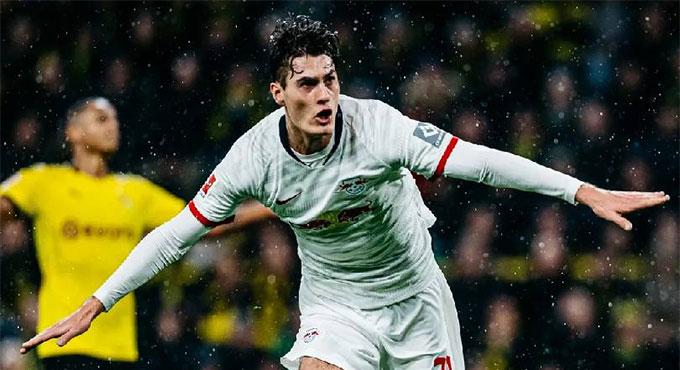Schick đang chơi cho Leipzig theo dạng cho mượn