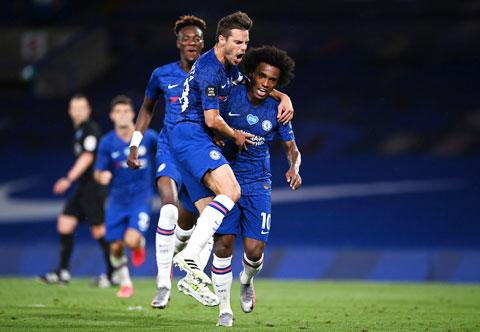 Chelsea sẽ tiếp đà thăng tiến bằng cách đánh bại Leicester