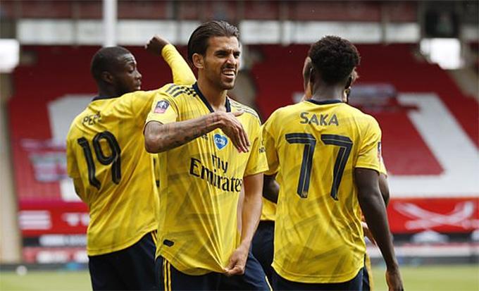 Ceballos là người hùng của Arsenal