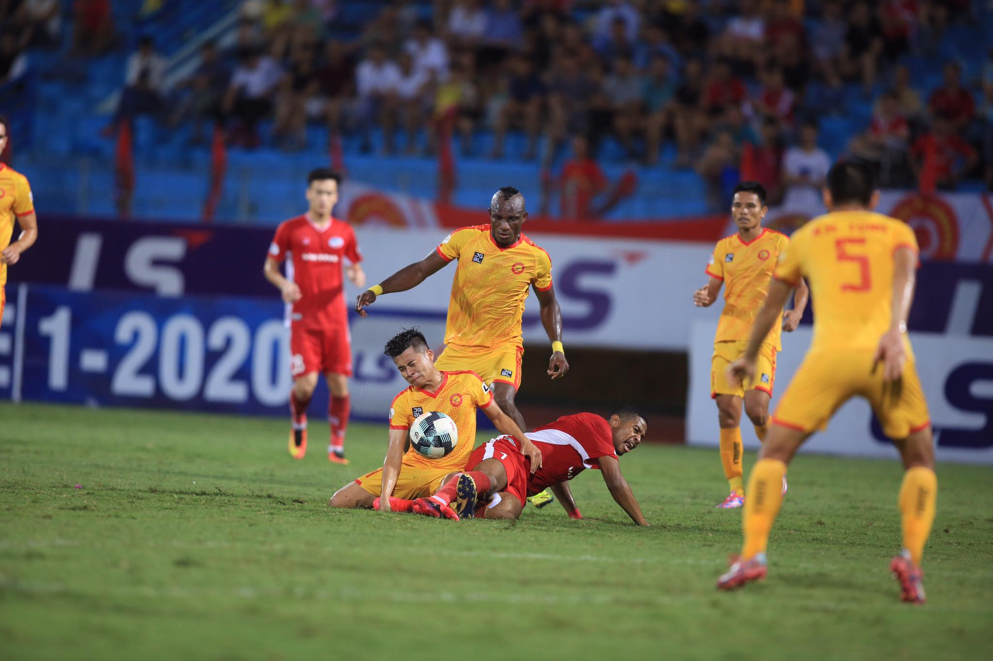 Thanh Hoá đang hừng hực quyết tâm chiến thắng khi tiếp Than.QN trên sân nhà ở vòng 7 - Ảnh: Minh Tuấn