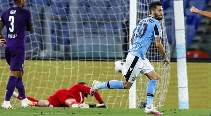 Alberto ghi bàn ở phút 83 mang về chiến thắng 2-1 cho Lazio