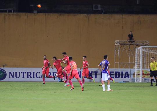 Sài Gòn FC đã giành chiến thắng tối thiểu trên sân Hàng Đẫy. Ảnh: Đức Cường