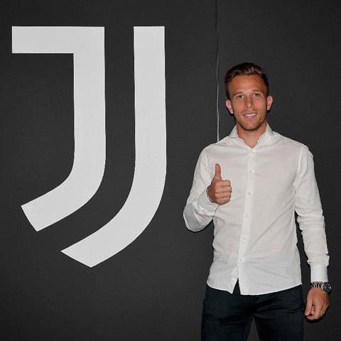 Arthur Melo đã là người của Juventus