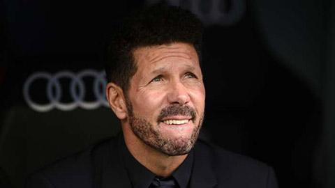 Simeone sẽ dùng 1 cốc cafe để giải quyết mâu thuẫn giữa Messi & Setien