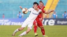 Những pha tranh chấp cực nóng và gây tranh cãi trận Hải Phòng FC - HAGL