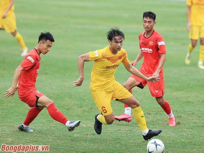 Ông Park Hang Seo thừa nhận đa phần 28 cầu thủ mà ông triệu tập lần này đều là gương mặt dự bị ở cấp CLB