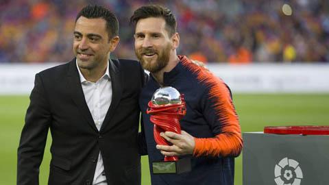 Xavi đồng ý dẫn dắt Barca là chìa khóa để Messi ở lại