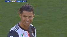 Ronaldo có bàn thắng từ 1 quả đá phạt rất đẹp mắt