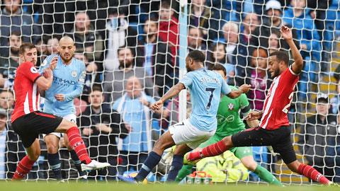 Sterling (7) và đồng đội sẽ lại đánh bại Southampton