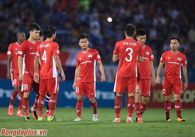 Viettel vươn lên top 3 sau trận hòa Hà Nội FC. Họ kém đội đầu bảng Sài Gòn FC là 4 điểm