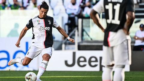 Ronaldo lần đầu sút phạt thành bàn trong màu áo Juventus tại Serie A