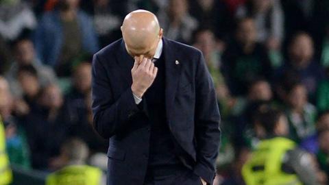 """Zidane: """"Tôi phát mệt vì mọi người nói Real thắng nhờ trọng tài"""""""