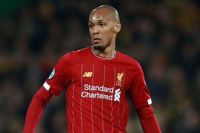 Fabinho có thể lùi xuống đá trung vệ và hàng tiền vệ Liverpool cần một tiền vệ mới