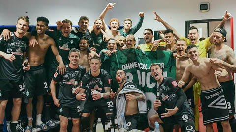 Heidenheim 2-2 Werder Bremen: Bám đuổi kịch tính, Bremen trụ lại Bundesliga