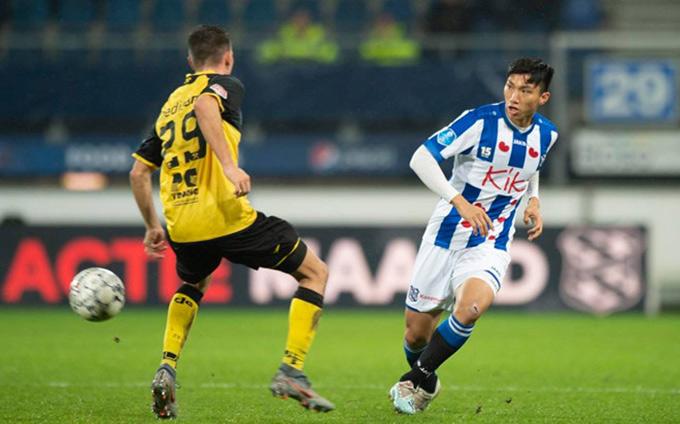Văn Hậu trở lại sẽ giúp hàng thủ của Hà Nội FC đỡ khủng hoảng hơn