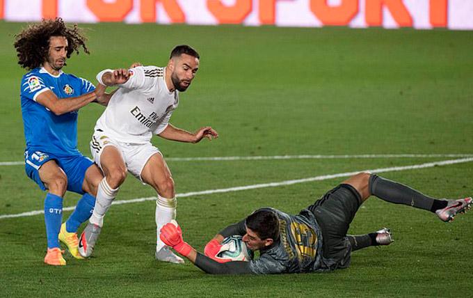 Real không cho đối thủ một cơ hội ghi bàn