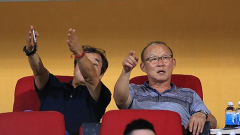 Ông Park đi xem cầu thủ có tố chất đặc biệt như Quang Hải, Công Phượng